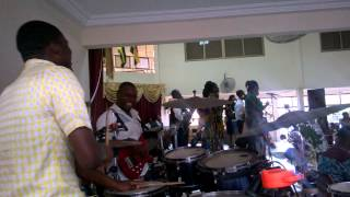 God favoured Me Hezekiah Walker drums