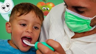 Dentist Pretend Play  with Romeo and Ronaldo by Letsgomartin