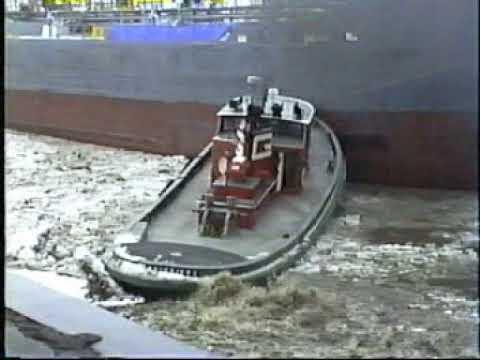 Lake Boats In Buffalo 2000
