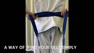 A way of tying your belt simply.