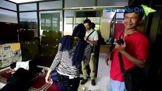 Download Video Pesta Minuman Keras di Hotel, Puluhan Remaja Diamankan Wilayatul Hisbah MP3 3GP MP4