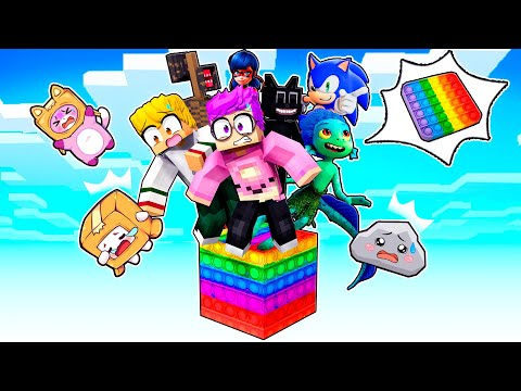 10 FRIENDS In MINECRAFT But We CAN'T TOUCH POP ITS! (INSANE LANKYBOX CHALLENGE!)