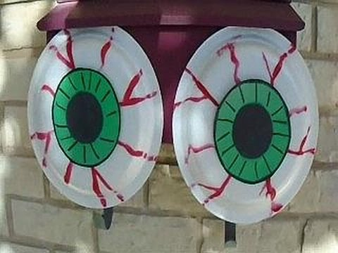 outdoor scary eyeballs halloween decor easy diy project paper plate craft youtube