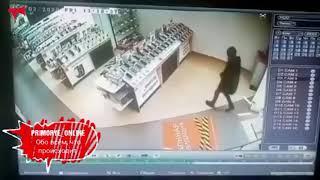 Видео из популярного магазина набирает популярность в Сети