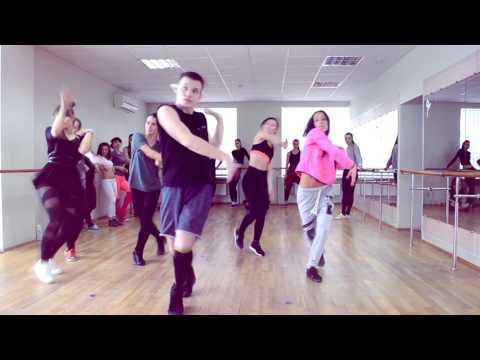 Танец в стиле VOGUE от участника группы Kozaky