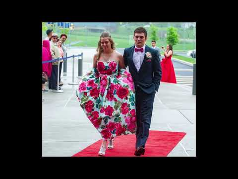 Middletown Prom 2018 students arrive to school