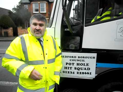 Mayor Dave Hodgson Launches new Pothole Hit Squad for Bedford Borough