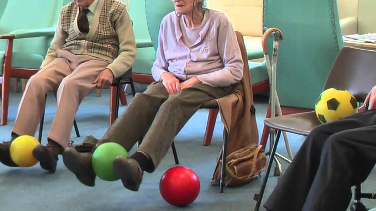 the susceptibility of older adults to This integrity could be compromised in older adults and especially in older adults who have a history of falls, who present a much higher susceptibility to the illusion than younger adults over a more extended temporal window (setti, burke, kenny, & newell, 2011).