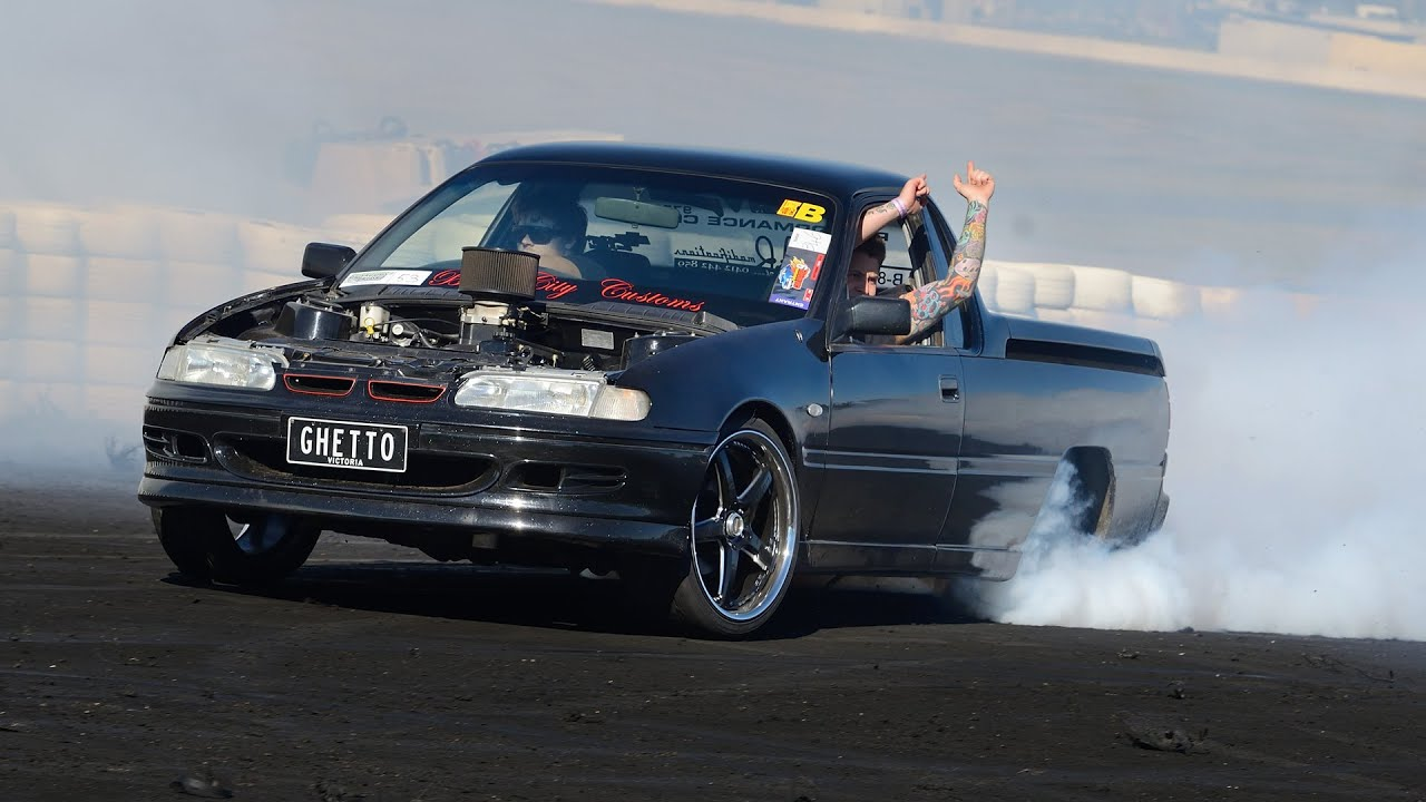 Ghetto V8 Holden Burnout Youtube