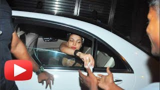 Priyanka Chopra Spotted Giving Money To A Beggar