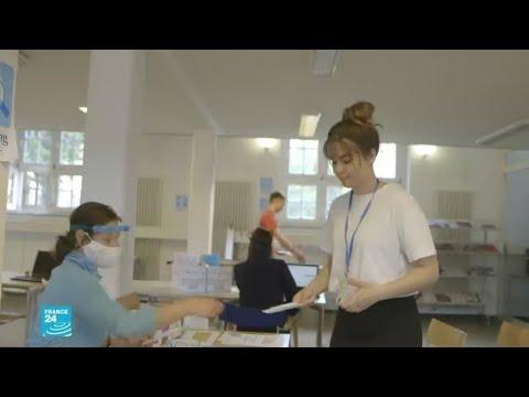 ريبورتاج: مركز لفحص إصابة الطلاب والأطر التعليمية بفيروس كورونا داخل ثانوية شمال ألمانيا  - نشر قبل 8 ساعة