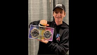 Parker and Payton Fullmore unbox and sing with the latest goodies from Trend Tech Brands!
