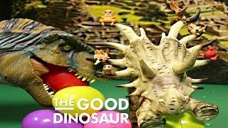 disney the good dinosaur forrest woodbush vs t rex jurassic world 8 surprise eggs by wd toys
