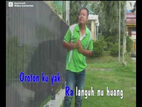 UMIE@OROTON KU YAK ORIGINAL VIDEO KARAOKE...