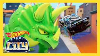 TRICERATOPS TAKEDOWN! | Hot Wheels City: Season 3 | Episode 1