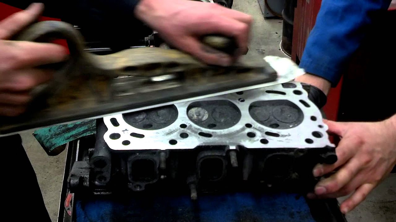 Cleaning Head Gasket Surfaces Youtube