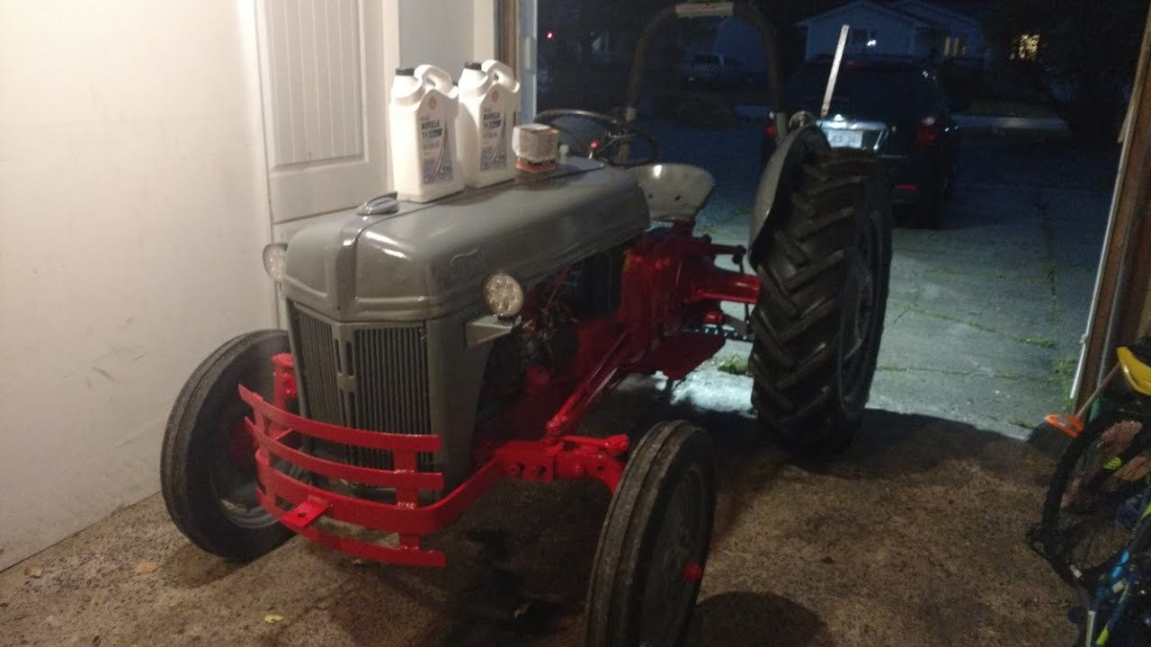 Changing The Oil And Filter On A 1952 Ford 8n Farm Tractor Tune Up Youtube