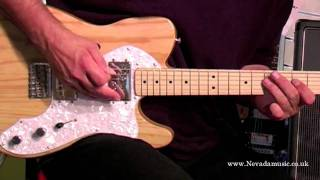 Fender® Guitarra Eléctrica CLASSIC SERIES '72 TELECASTER® THINLINE Con Funda video