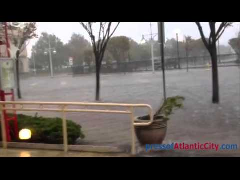 raw-video-of-wind-and-flooding-from-hurricane-sandy-in-atlantic-city