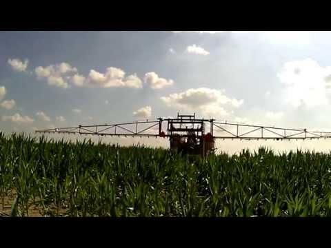 Ciągnik szczudłowy w kukurydzy / Opryski 2015 z AgriCorn / CASE / NH