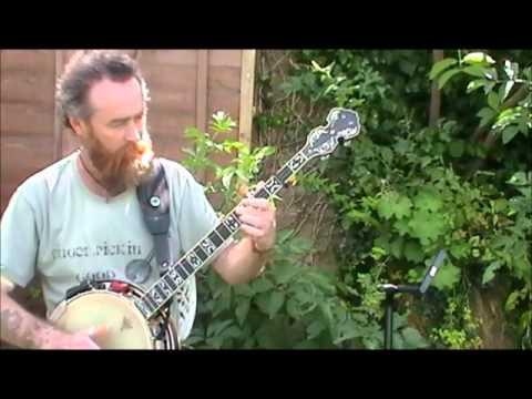 Dave Hum - Comparing Banjos