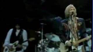 Tom Petty & The Heartbreakers - Lonely Weekends (live)