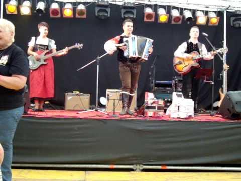Kevin van den Eijnden - Mit Puschtra- Klänge Unterwegs