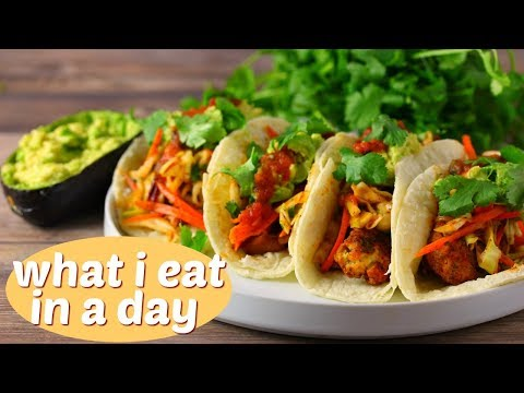 What I Eat in a Day Vlog ( Vegan ) // Making Kombucha & Tacos // Day in my Life