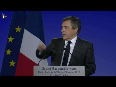 François Fillon monte au créneau