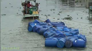 Tàu biển dòng 200 phi nhựa trên sông,chỉ có ở sông nước miền tây.