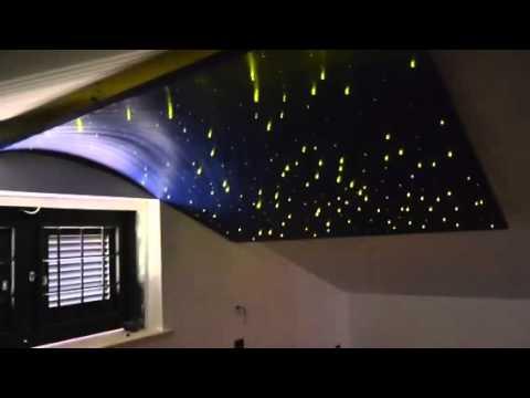 minipiscina in camera con soffitto stellato - Luci Soffitto Stellato