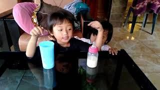 Gambar cover Aisyah Minum susu sehat