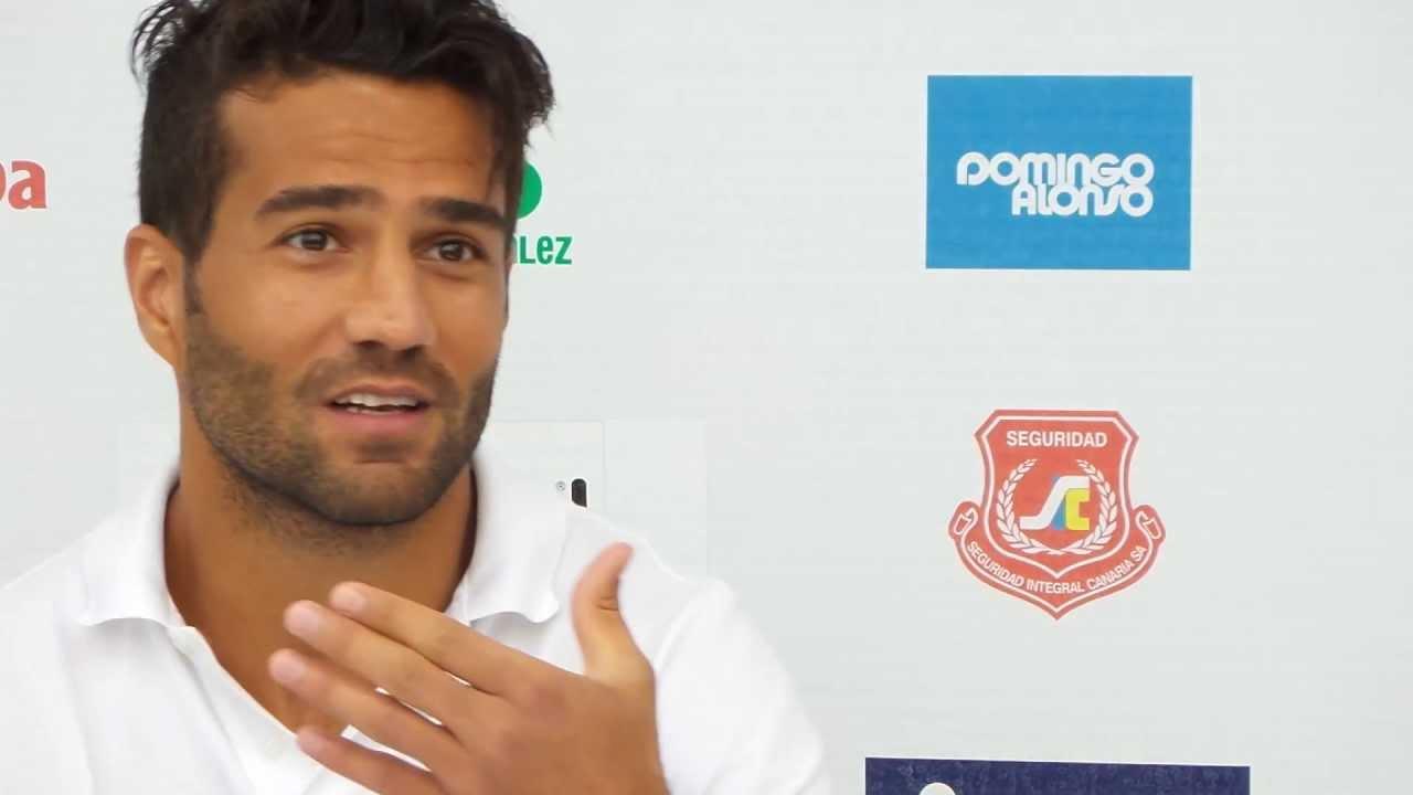 Masoud Shojaei Masoud jugador de UD Las Palmas en rueda de prensa YouTube