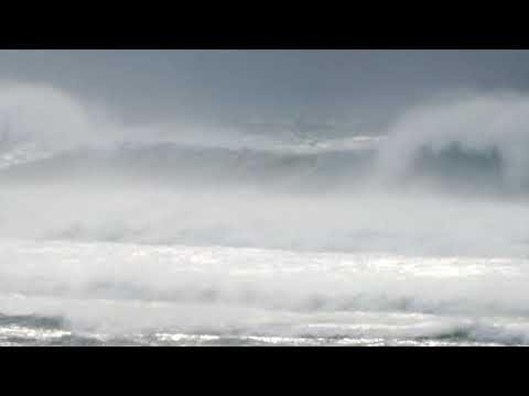 Zavial Portugal 20+ft and 10 12 bft offshore winds 19 01 2013