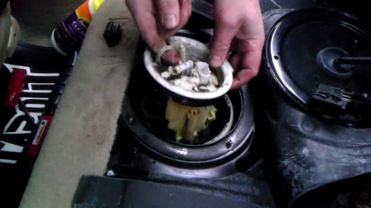 BMW 323i fuel pump removal - YouTube