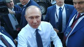 PUTIN CAME TO PEOPLE. the FSB works well.The motorcade of President Vladimir Putin
