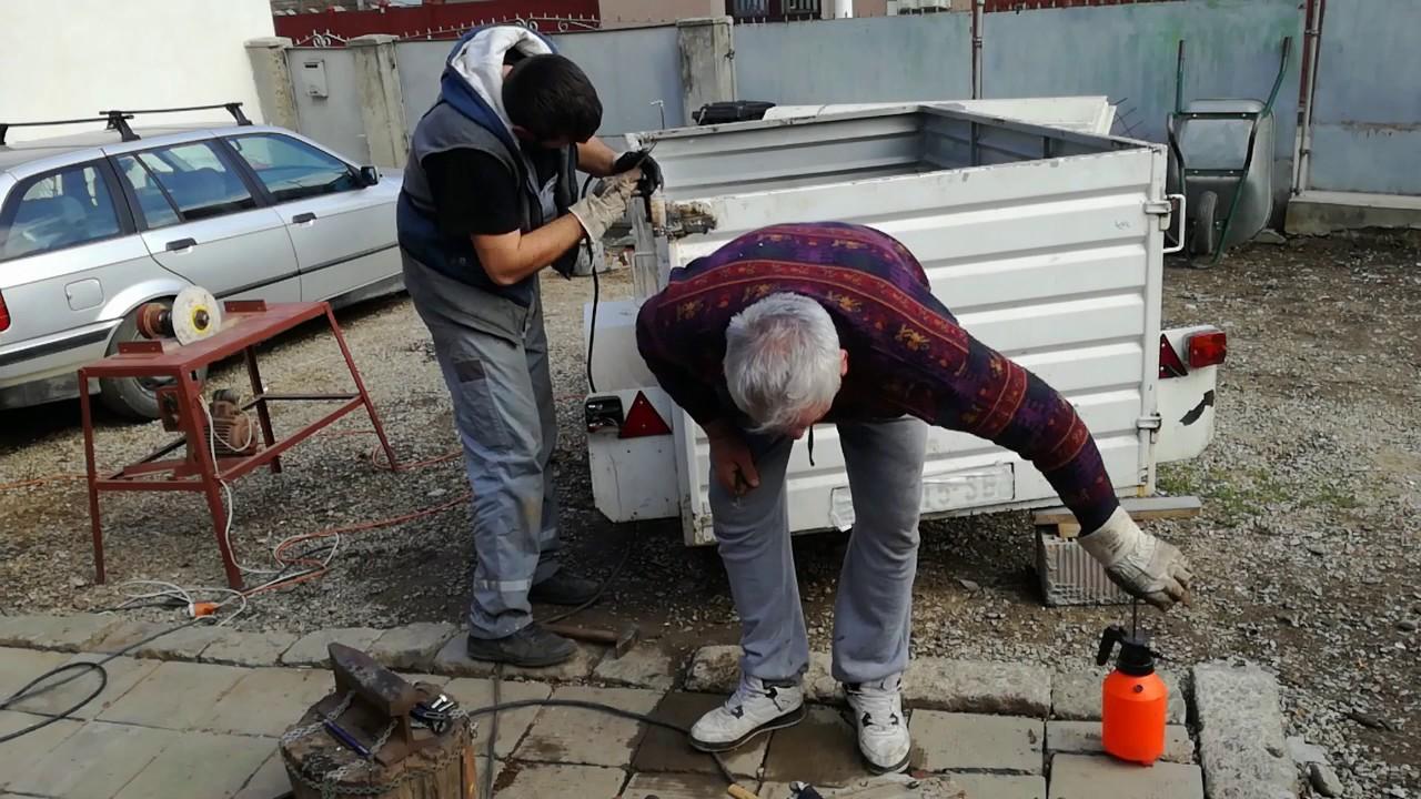 reparatii remorci auto  - sistem de inchidere usi/obloane