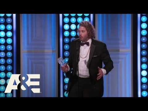 T.J. Miller Wins Best Supporting Actor in a Comedy Series - 2015 Critics' Choice TV Awards | A&E