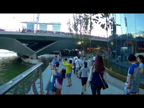 Singapore, walking from Clarke Quay to the Promotory @ Marina Bay | SJCAM SJ5000X FEIYUTECH WG