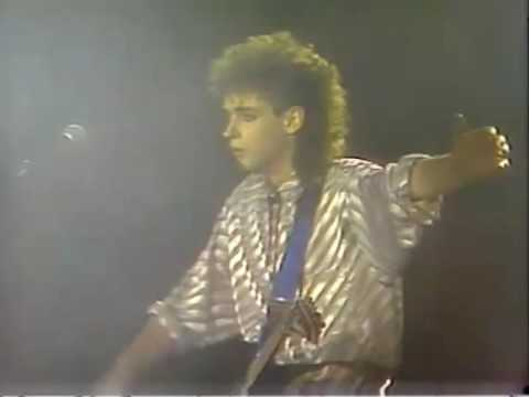 SODA STEREO - FREE CONCERT -Estadio Chile - 1986