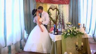 Потрясающе красивая зеленая свадьба.