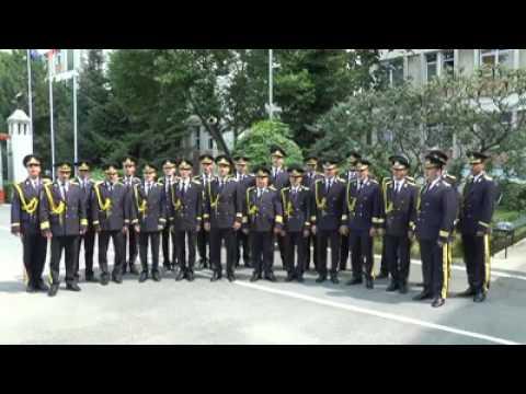 SE-AUDE GLAS PESTE CARPATI - interpreteaza muzica militara a Brigazii 30 Garda