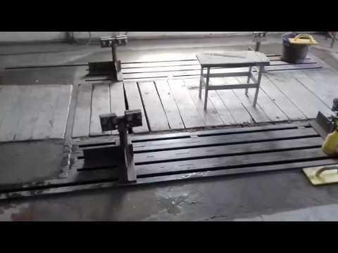 Стапель напольный для вытяжки автомобилей