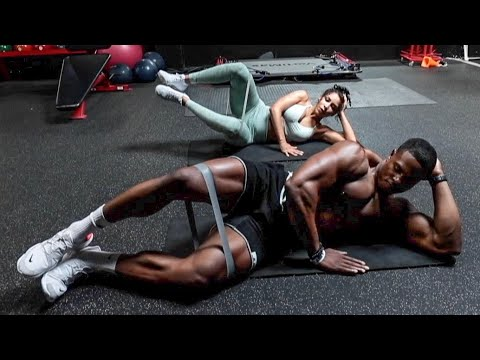 HOW TO ACTIVATE AND TRAIN YOUR GLUTES WITH CHANEL COCO BROWN