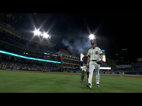 ARI@SD: Maurer freezes Lamb to preserve win