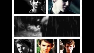 Robbie Kay- Stay Happy There