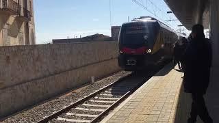 Fischia il treno nella stazione di Corato. L'avevamo quasi dimenticato