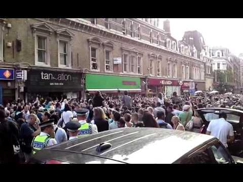 Billie Jean - Michael Jackson Moonwalk Tribute Flashmob, Liverpool Street, London