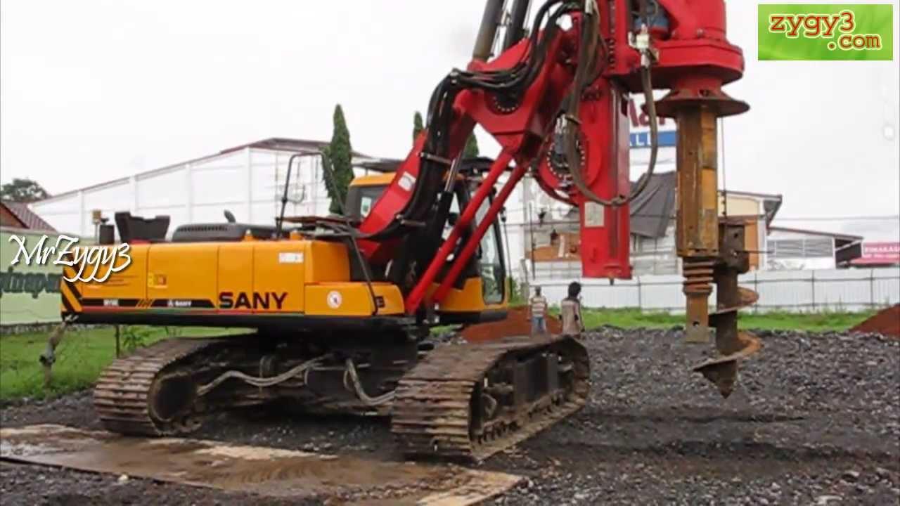 Hydraulic Piling Rotary Drill Rig Sany SR150C Manouver