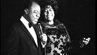 Video Can't We Be Friends - Louis Armstrong & Ella Fitzgerald (HD) download MP3, 3GP, MP4, WEBM, AVI, FLV Agustus 2018